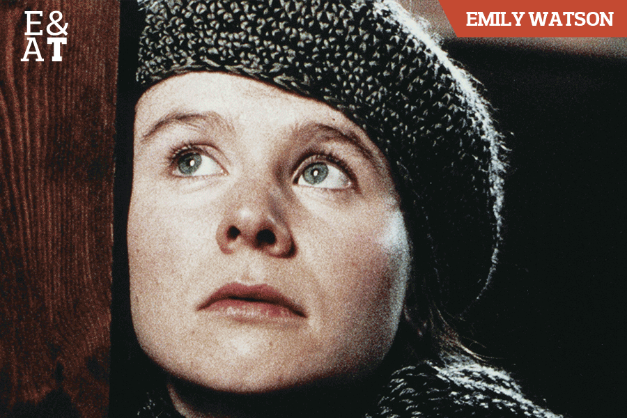 Emily Watson em Ondas do Destino (1996)